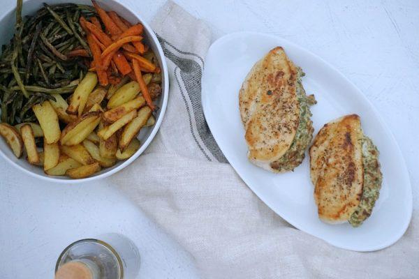 Fyldt Frijsenborg kyllingebryst med spinat og soltørrede tomater