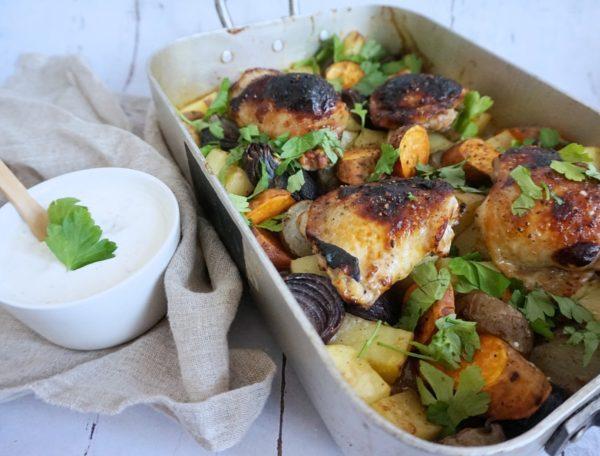 Ginmarinerede kyllingeoverlår med rodfrugter
