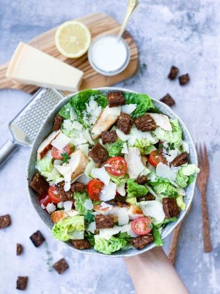 Frijsenborg salat med kylling og parmesan
